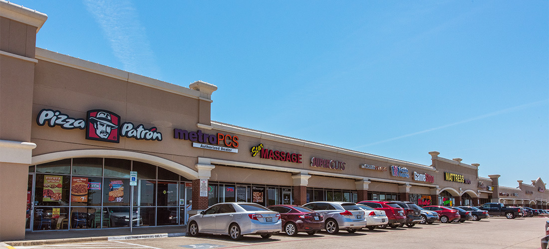 Shopping Center in Irving, Texas